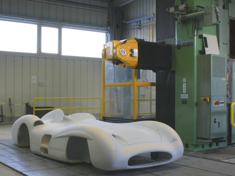 CNC Fräse JOBS 6 Achsen, rießengroß | 6 x 3 x 3m