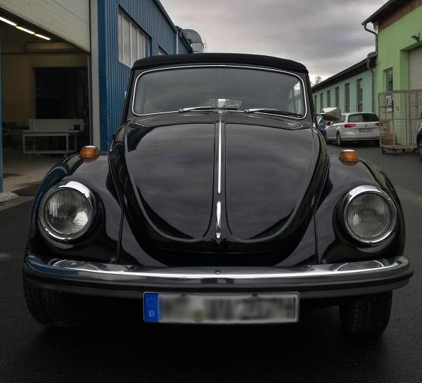 Restaurierung, Schweißarbeiten eines alten VW Käfers
